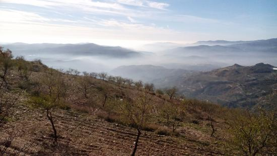Laroles, Espanha: Uitzicht vanaf de camping