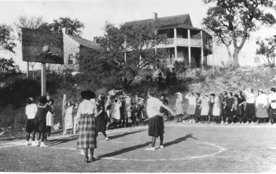 Kuhlmann-King Historical House: C. 1919