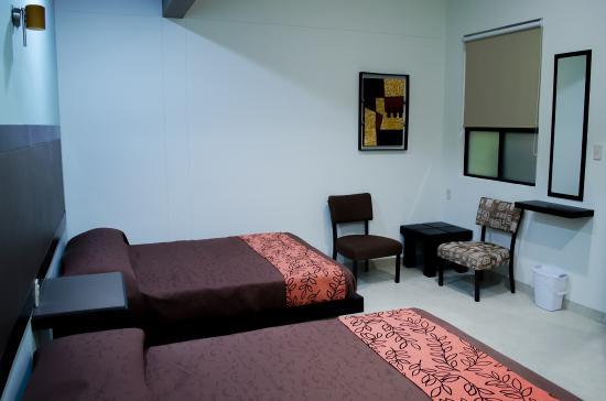 Hotel Posada del Ángel: Habitación planta alta