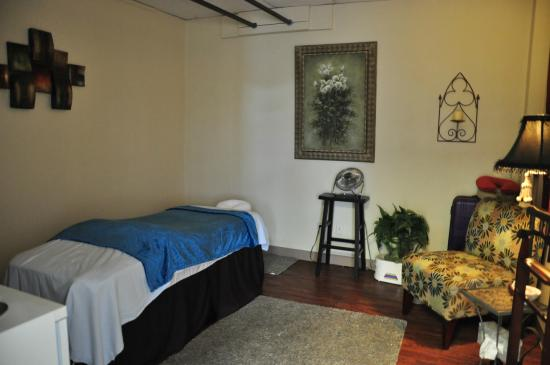 Fort Smith, AR: One of three massage rooms