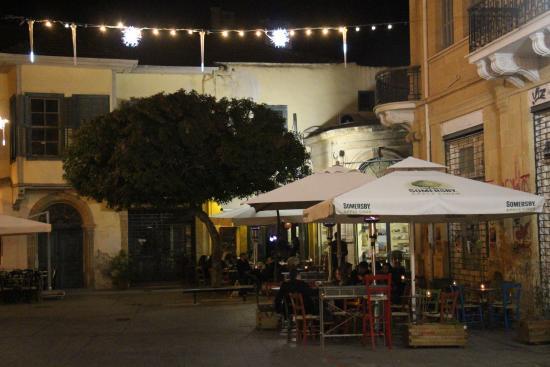 Halara Cafe