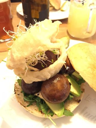 Ludwig Das Burger Restaurant Photo