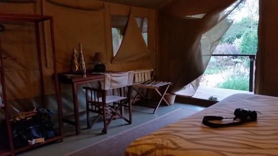 Wildebeest Eco Camp: Inside the deluxe safari tent