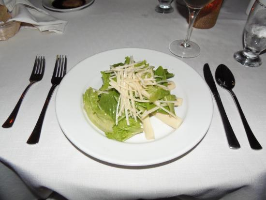 Palmilla Restaurant: Romaine salad at Palmilla of Victoria House, Ambergris Caye