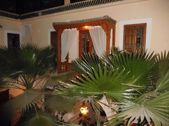 Riad RabahSadia: Balkon