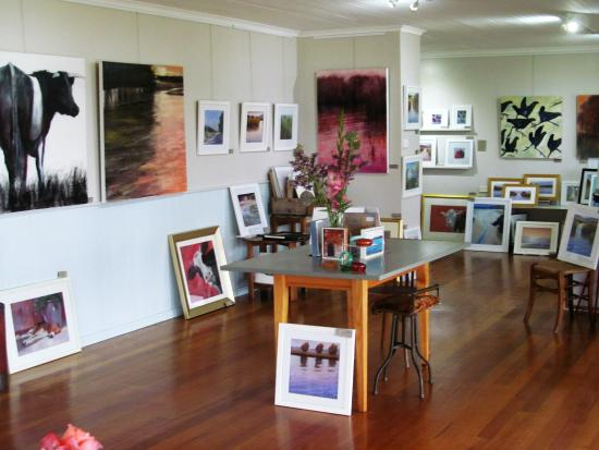 Clarence Point, Australia: Gallery Interior