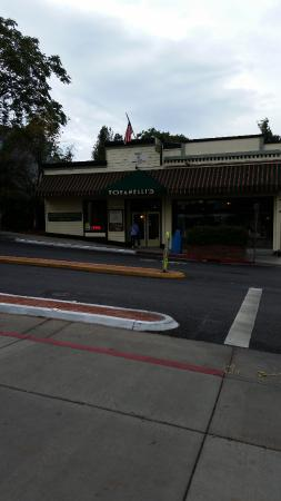 Grass Valley, Kalifornia: Restaurant outside