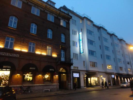 Ascot Apartments: Ascot Hotel E Ascot Apartaments