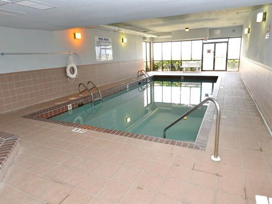 Phoenix East Ii Indoor Pool