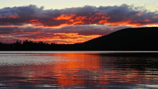 Ellsworth, Μέιν: Baxter State Park Sunrise (image stretched on canvas)