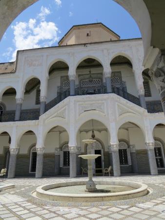 Palais El Mokri : patio