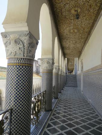 Palais El Mokri : pasillo