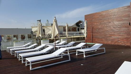 Piscina sol rio picture of castanheiro boutique hotel for Design boutique hotel funchal