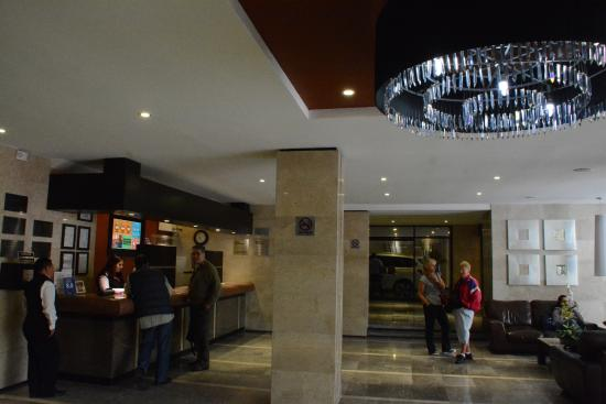 Hotel Metropol: Lobby