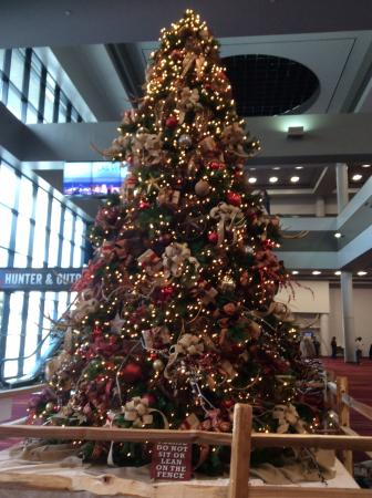National Rodeo: Cowboy country Christmas