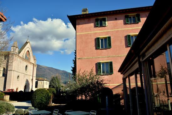Rivotorto, Италия: la struttura