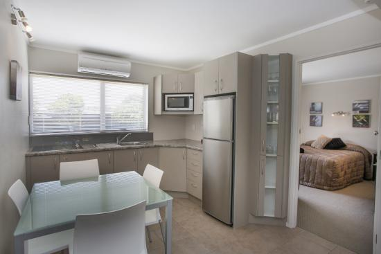 Palm Pacific Resort Whangamata: Fully Equipped Kitchen