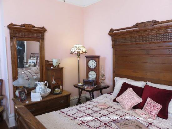 Grandma 39 S Room With Original Furniture Picture Of Shelton Mcmurphey Johnson House Eugene