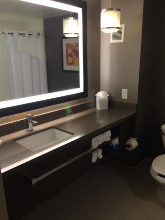 Bathroom Picture Of Holiday Inn Express Redwood City Tripadvisor