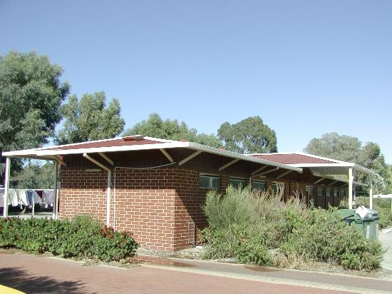 Banksia Tourist Park: Large clean ablution block