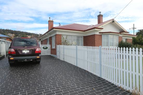 Hobart - Moonah Central Apartments - Amy Cottage
