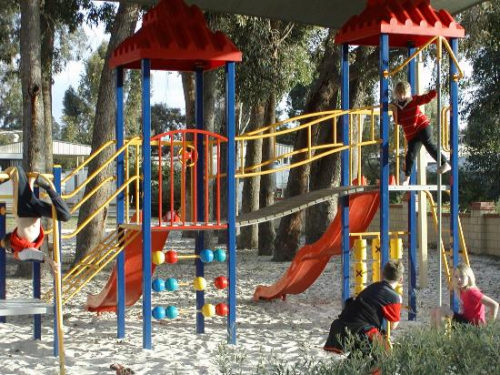 Banksia Tourist Park: Playground