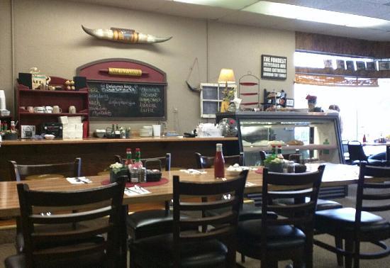 Powderhorn Cafe: inside powderhorn