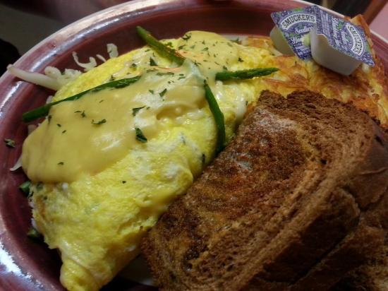 Tenino, WA: crab omelet for this weekends special