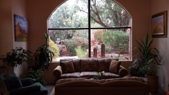 Alma de Sedona Inn Bed & Breakfast: Guest Lounge