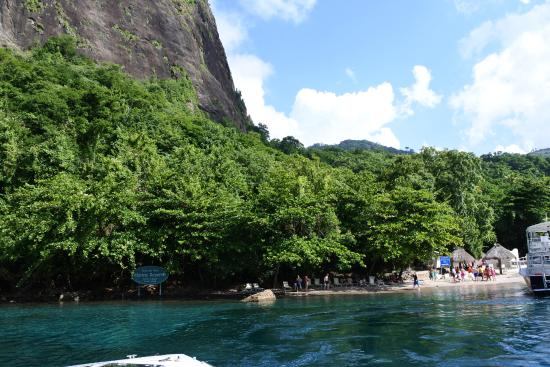 Son of Man Sea Tours: snorkeling spot between the pitos