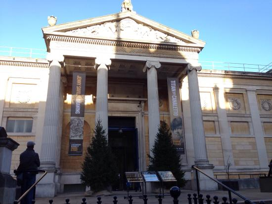 Ashmolean Museum of Art and Archaeology: photo0.jpg