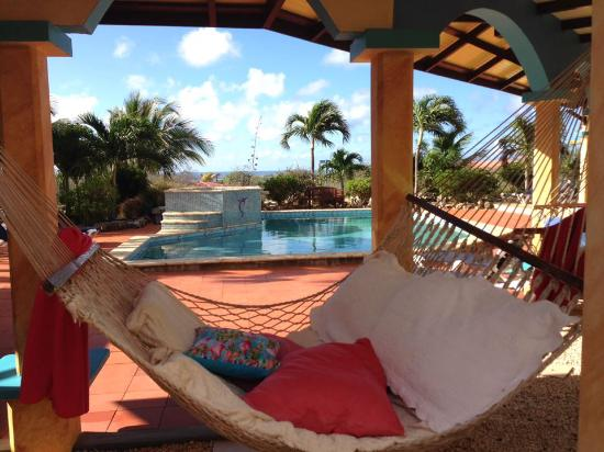 GOOOD Resort: One of the amazing double hammocks