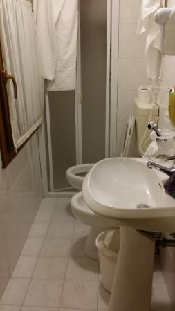 Alcyone Hotel: bagno