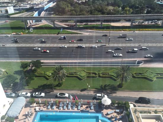 Crowne Plaza Dubai Photo