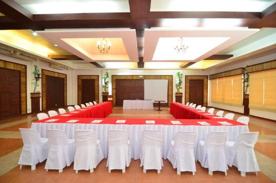 San Remigio, Filipinas: We would cater to every need which includes meetings, seminars, retreats or even team buildiing.