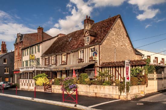 Crevecoeur-en-Auge, Frankrike: Hotellet.