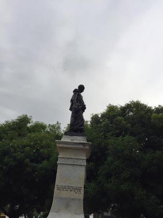 Parque Simon bolivar: Bolivar
