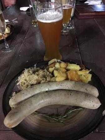 Schwabinger Stuben: Weisswurst with sauerkraut, German fried potatoes and Paulaner Weissbier.