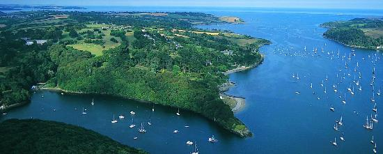 Location of the Budock Vean Hotel by the Helford River, Cornwall