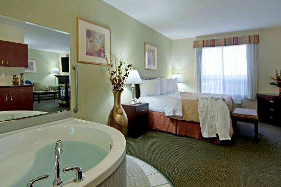 Hotels In Red Deer With Jacuzzi Suites