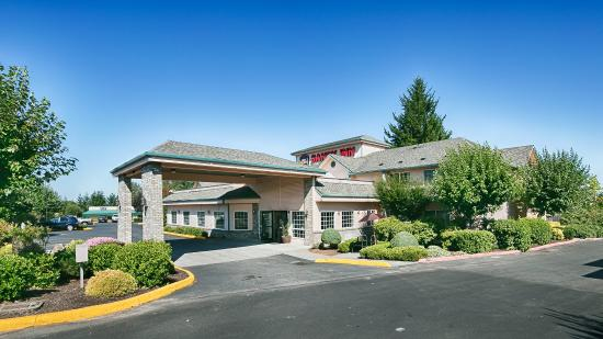 ‪‪BEST WESTERN Salbasgeon Inn & Suites of Reedsport‬: Exterior‬