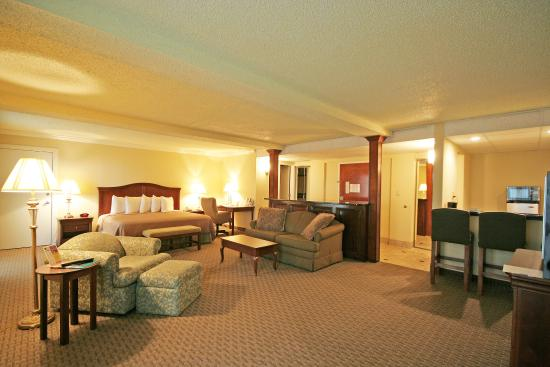 BEST WESTERN PLUS Burlington: Deluxe Suite