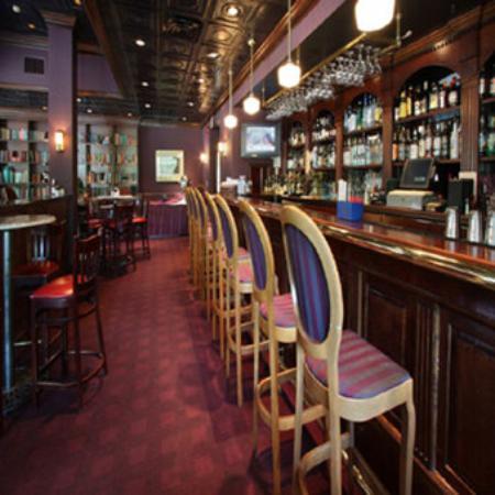 Glens Falls, estado de Nueva York: Fenimore's Lounge