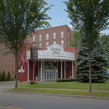 Glens Falls, NY: Main Entrance