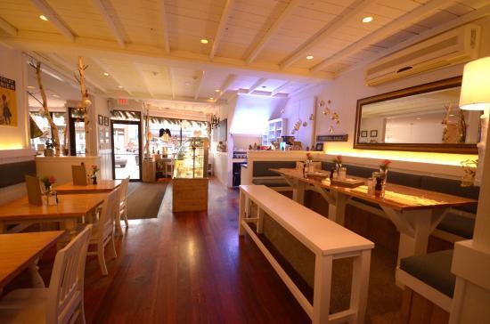 Leonhard's Cafe & Restaurant