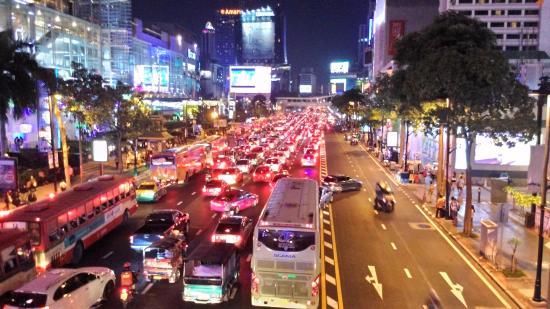 Bangkok City Inn: Загруженность дорог в районе отеля