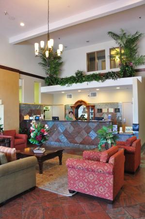BEST WESTERN PLUS Executive Suites: Lobby