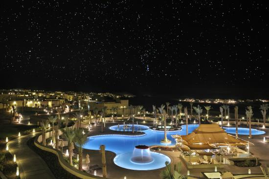Hamim, United Arab Emirates: Qasr Al Sarab Desert Resort by Anantara - Pool