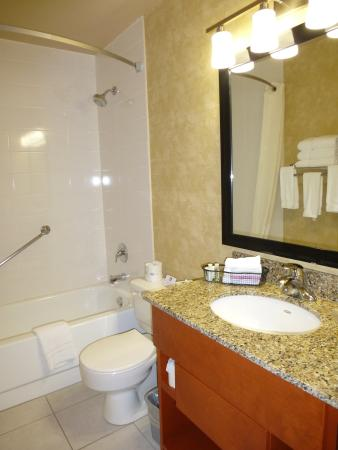 Photo of BEST WESTERN PLUS Rose City Suites Welland