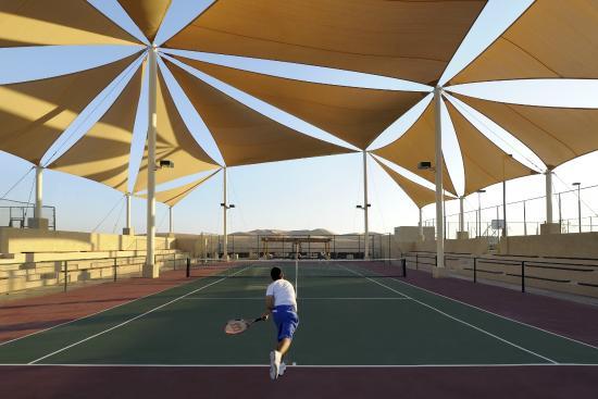 Qasr Al Sarab Desert Resort by Anantara - Tennis Court